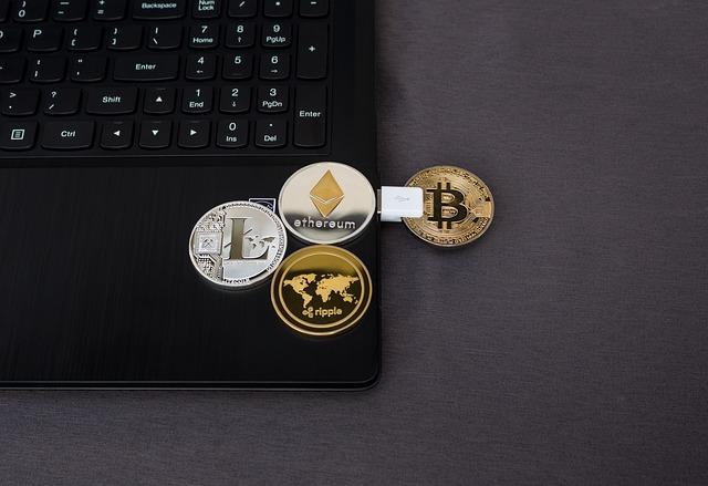 המשמעות של קיום המטבע הדיגיטלי מול המטבעות הרגילים
