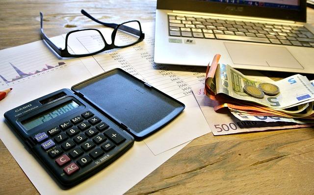 מי זכאי להחזרי מס